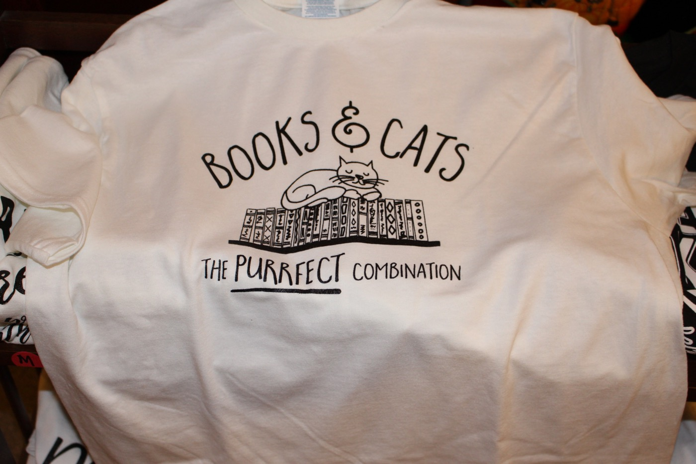 TEES FOR BOOKLOVERS!